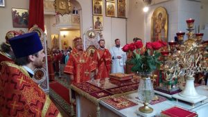 В Неделю о самарянке епископ Выборгский и Приозерский Игнатий совершил Божественную литургию в Архангело-Михайловском храме Токсово