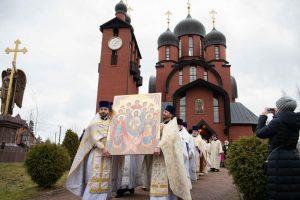 Епископ Выборгский и Приозерский Игнатий возглавил престольный праздник Архангело-Михайловского храма в Токсово